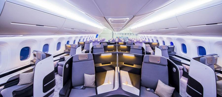 CR929展示样机客舱.jpg